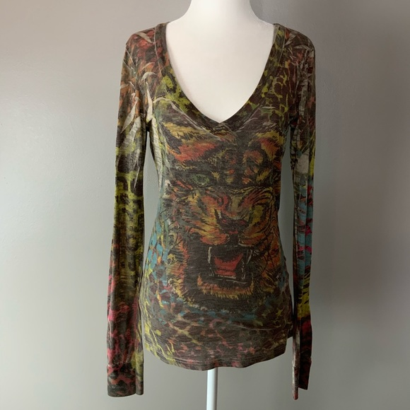 Daytrip Tops - Daytrip tiger slub long sleeve v neck tee